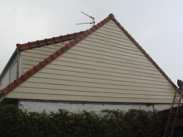 Bardage toitures defi toit sarl for Bardage de pignon de maison